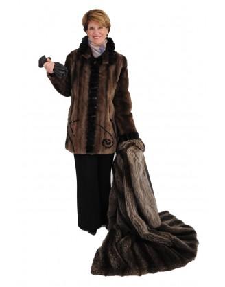 Raton laveur rasé couleur naturelle recyclé garni mouton perse et rat musqué noir style FO5